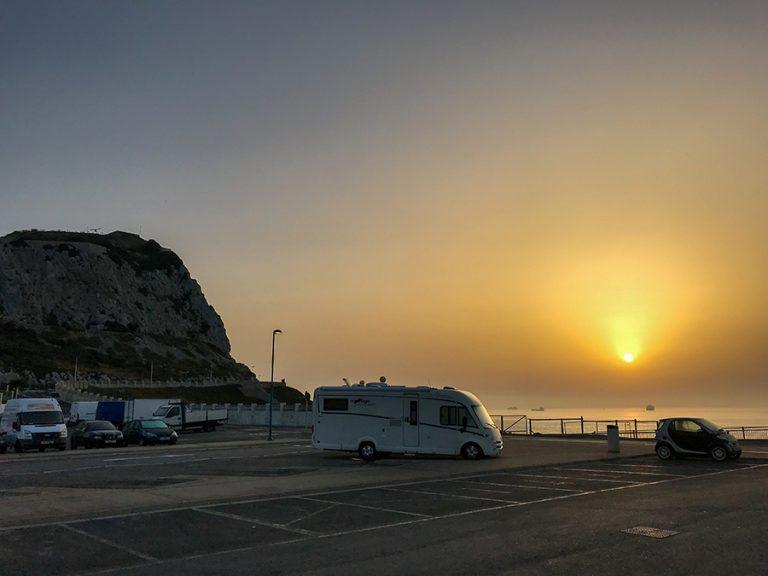 FEEC este împotriva utilizării parcărilor gratuite pentru autorulote și camper-vanuri