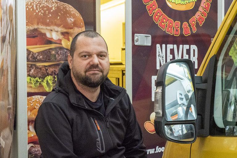 În Brașov se fac conversii de dube și food truck-uri