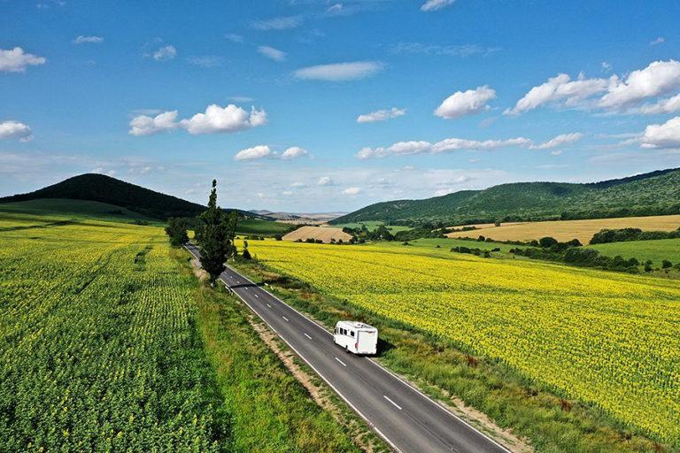 Deplasările cu autorulotele sunt posibile în anumite condiții. Redeschiderea frontierelor în Europa