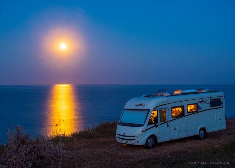 Energia electrică și accesorii pentru călătoria cu autorulota