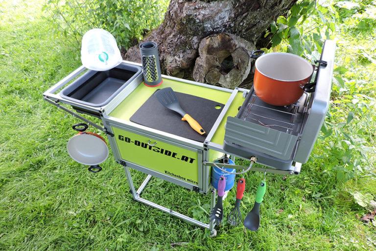 Bucătărie mobilă și pliabilă pentru ieșiri în natură