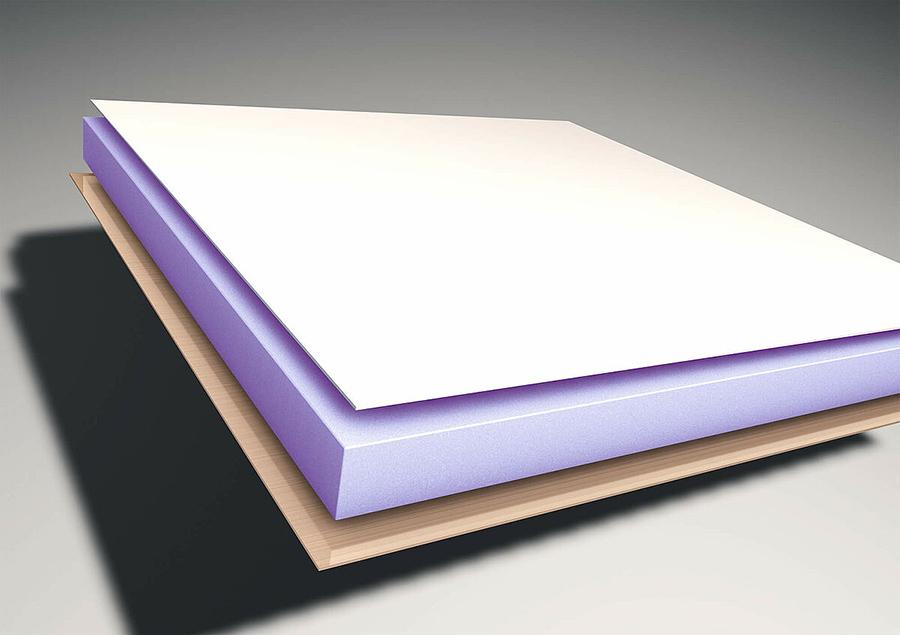 Protecție împotriva grindinei datorită acoperișului din GRP, rezistență maximă la efectele asupra mediului, cum ar fi grindina sau umezeala